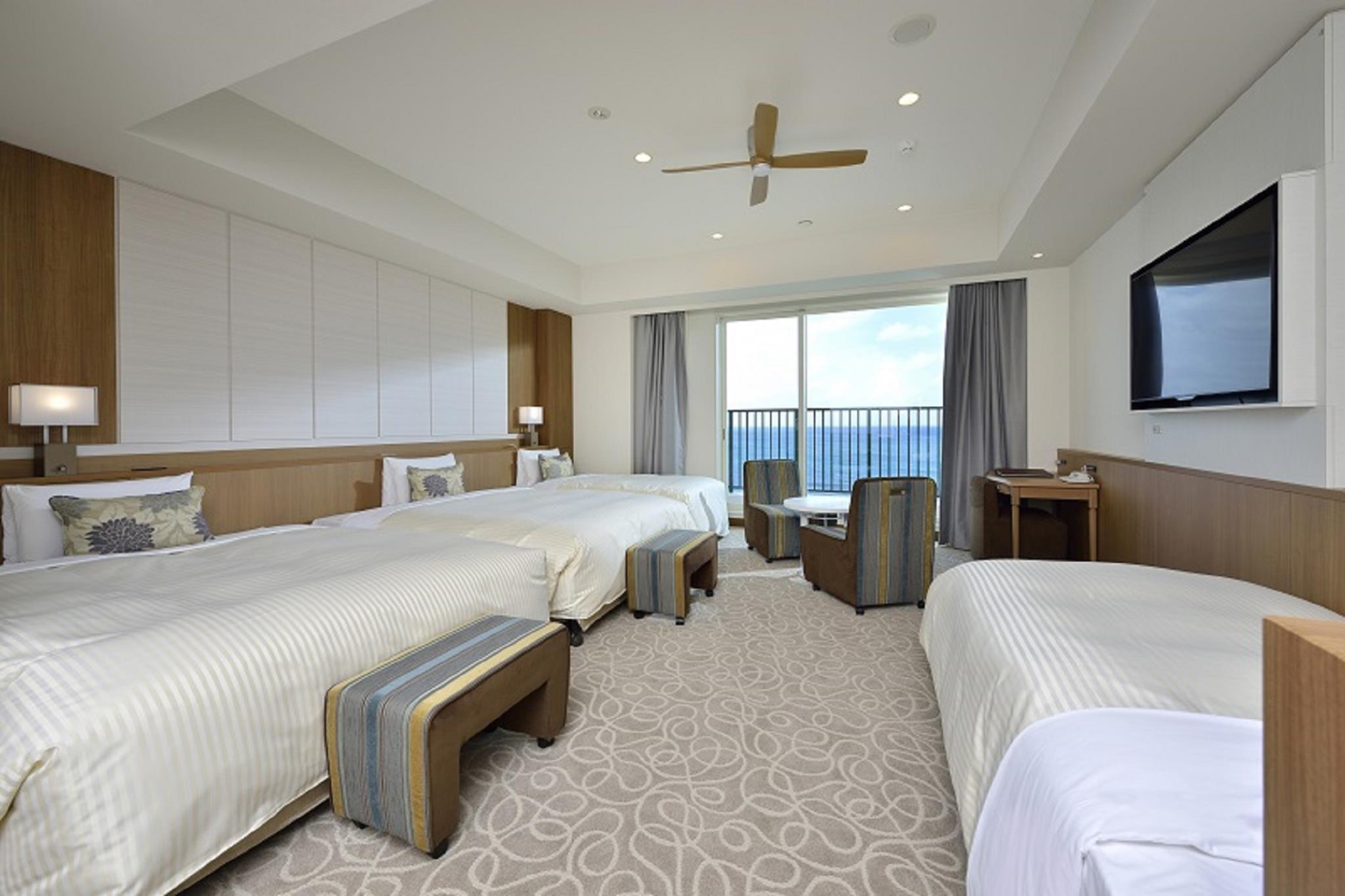 面海小型套房(4張單人床/分館) (Annex Building Oceanfront Junior Suite with 4 Single Beds)