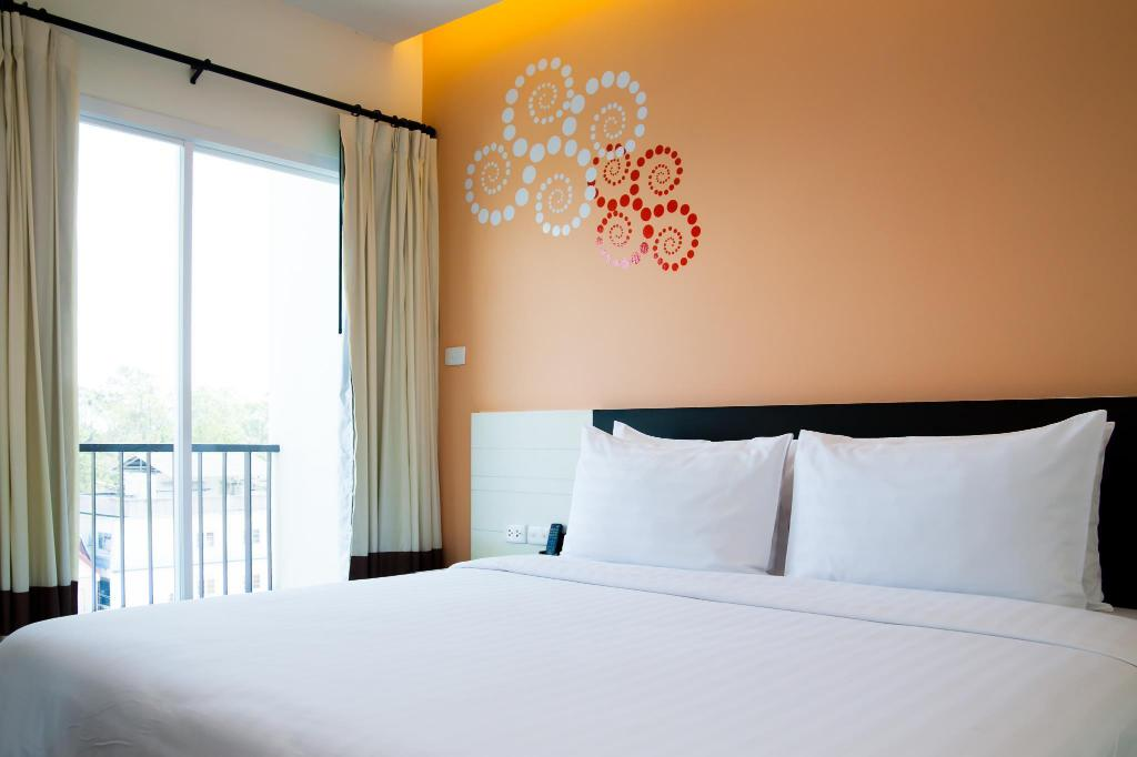 Platinum Room - Bed Phavina Serviced Residence Rayong