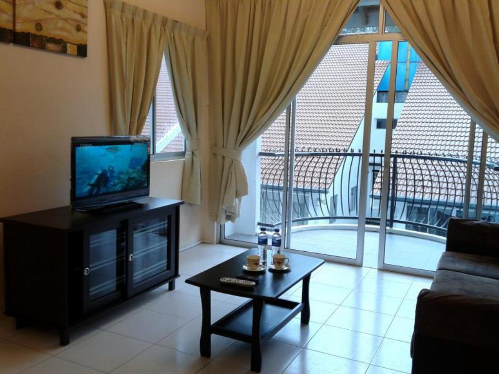 Best Price On Muis Apartment Penthouse