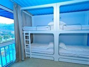 Patrová postel (4 osoby) (Bunk Bed (Four People))