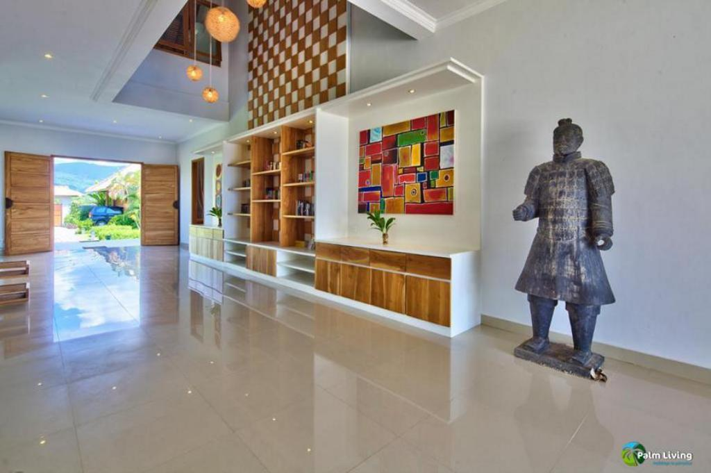 Lobby Beach Holiday Villa Niyati