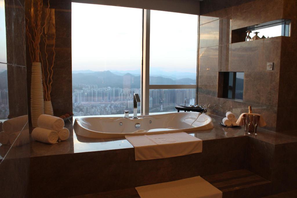 惠州富力萬麗酒店 booking.com的圖片搜尋結果