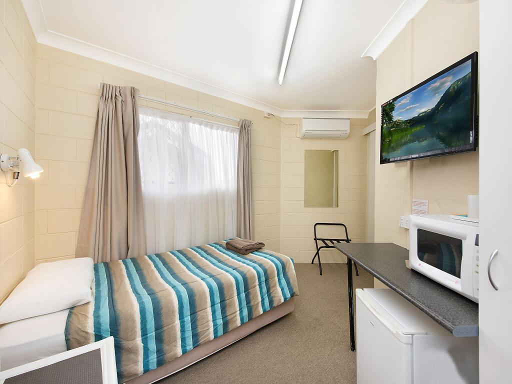 Single Standard Room - Guestroom Caloundra City Centre Motel
