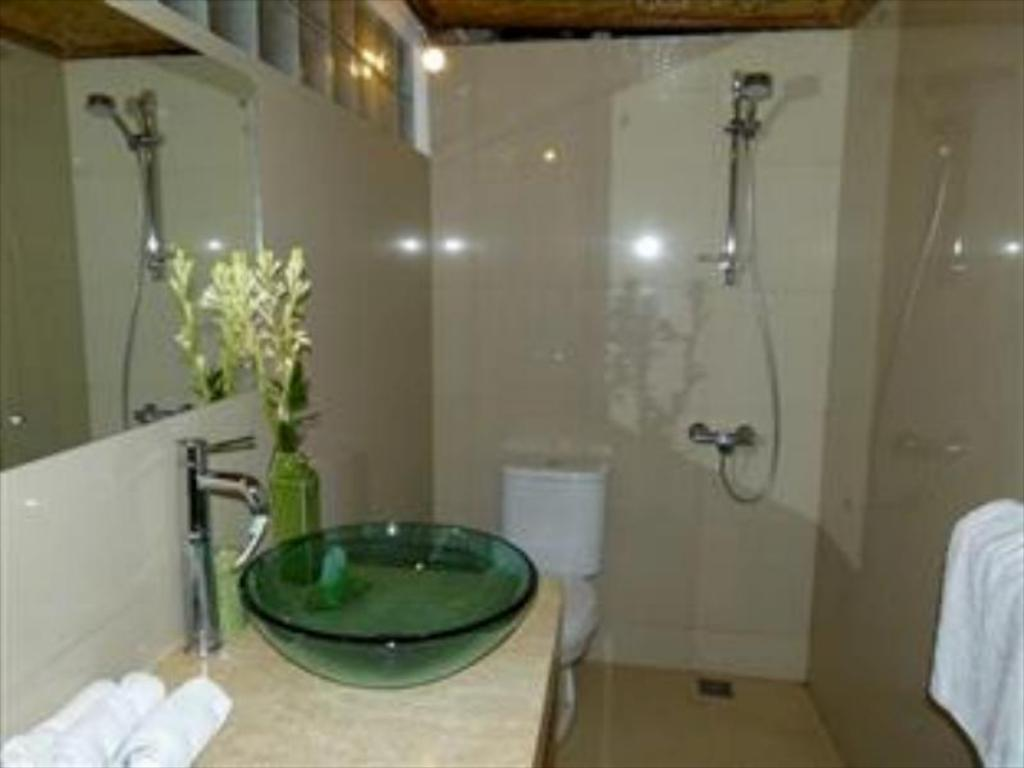 Bathroom Jimbaran Bay Beach Residence