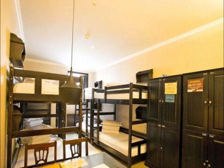 Single Bed in 8-Bed Dormitory Room Xian Han Tang House