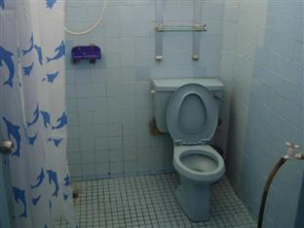 Bathroom Miri Piasau Jaya Home Stay