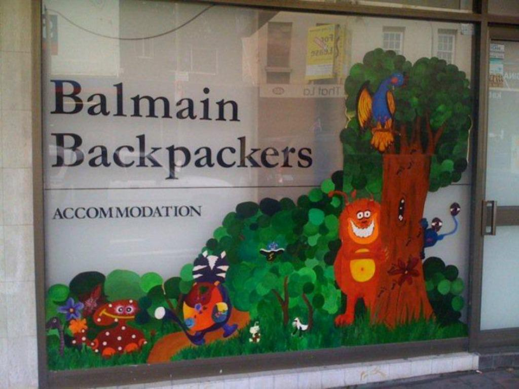 بالمين باكباكرز (Balmain Backpackers)