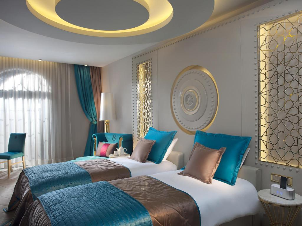 Sura design hotel suites in istanbul room deals for Decor hotel istanbul