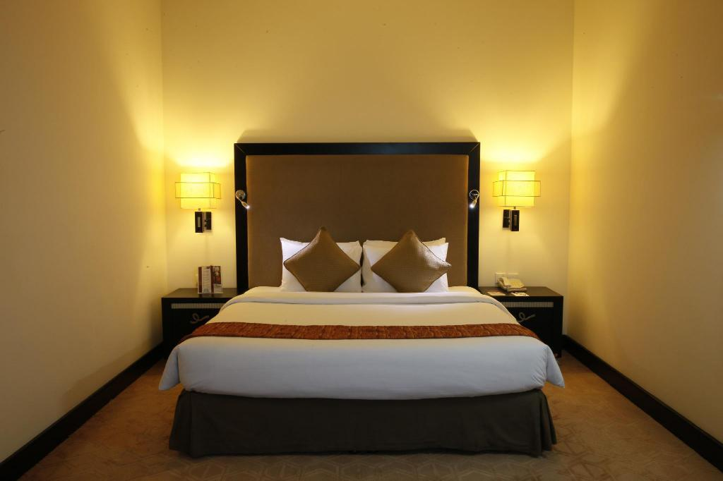 See all 6 photos Mercure Gold Hotel Al Mina Road Dubai