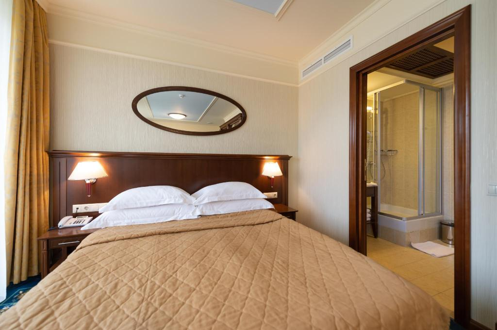 Standard Double Room Mistral Hotel and Spa