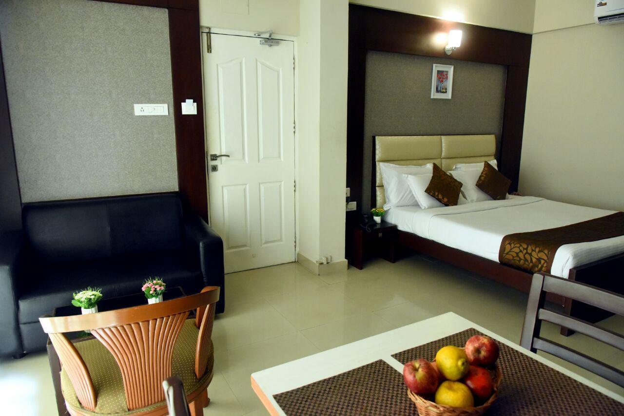 Hotel Pearl International In Chennai