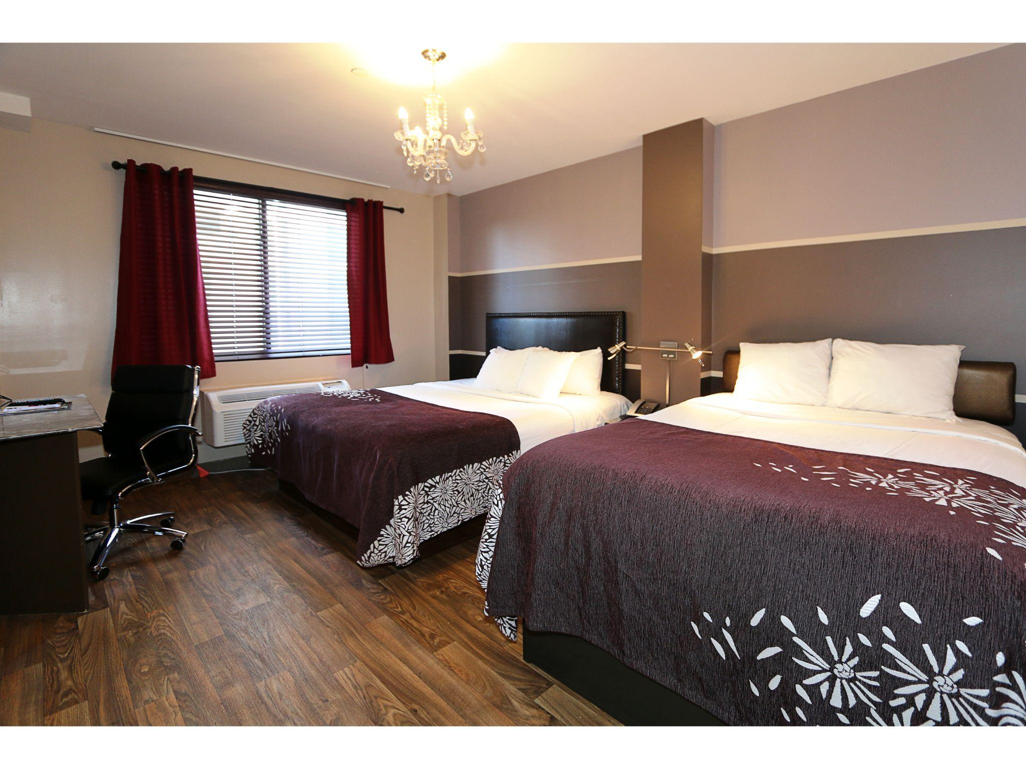 Superior, One Queen and One Full Bed