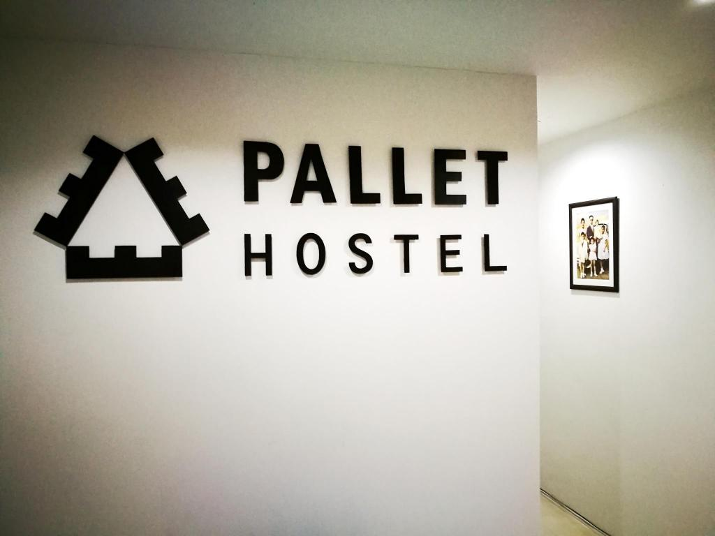 Hotellet indefra Pallet Hostel