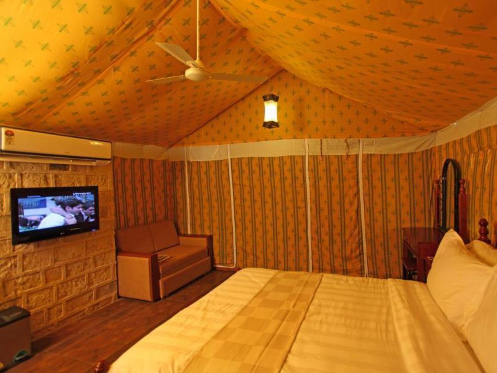 Tenda de campanya Fern amb esmorzar The Fern Gir Forest Resort