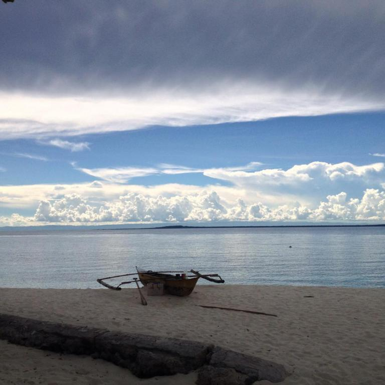 Beach Liwayway sa Bohol - Pamilacan Bed & Breakfast