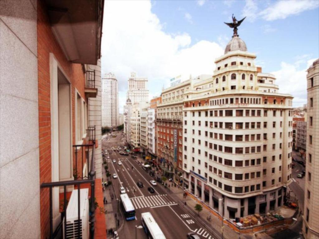 More about Hostel Muchomadrid