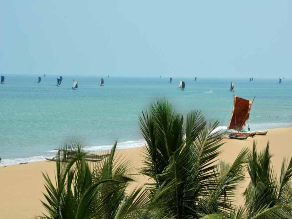 strand The Reef Beach Hotel Negombo