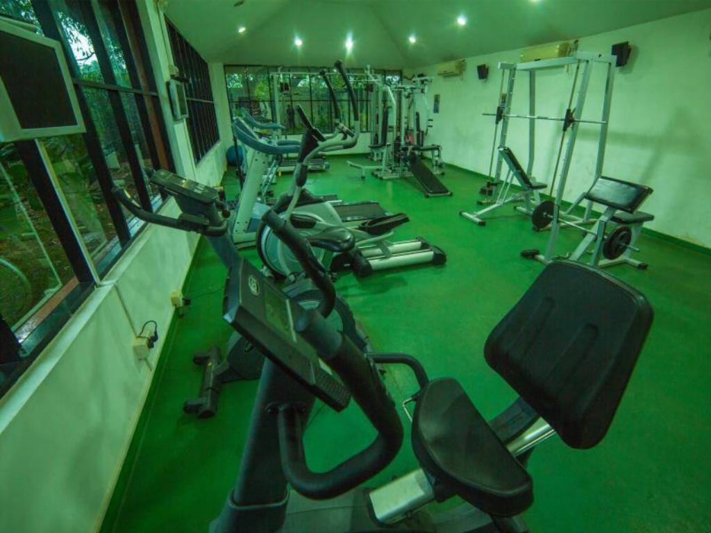 Fitness center SAJ Earth Resort