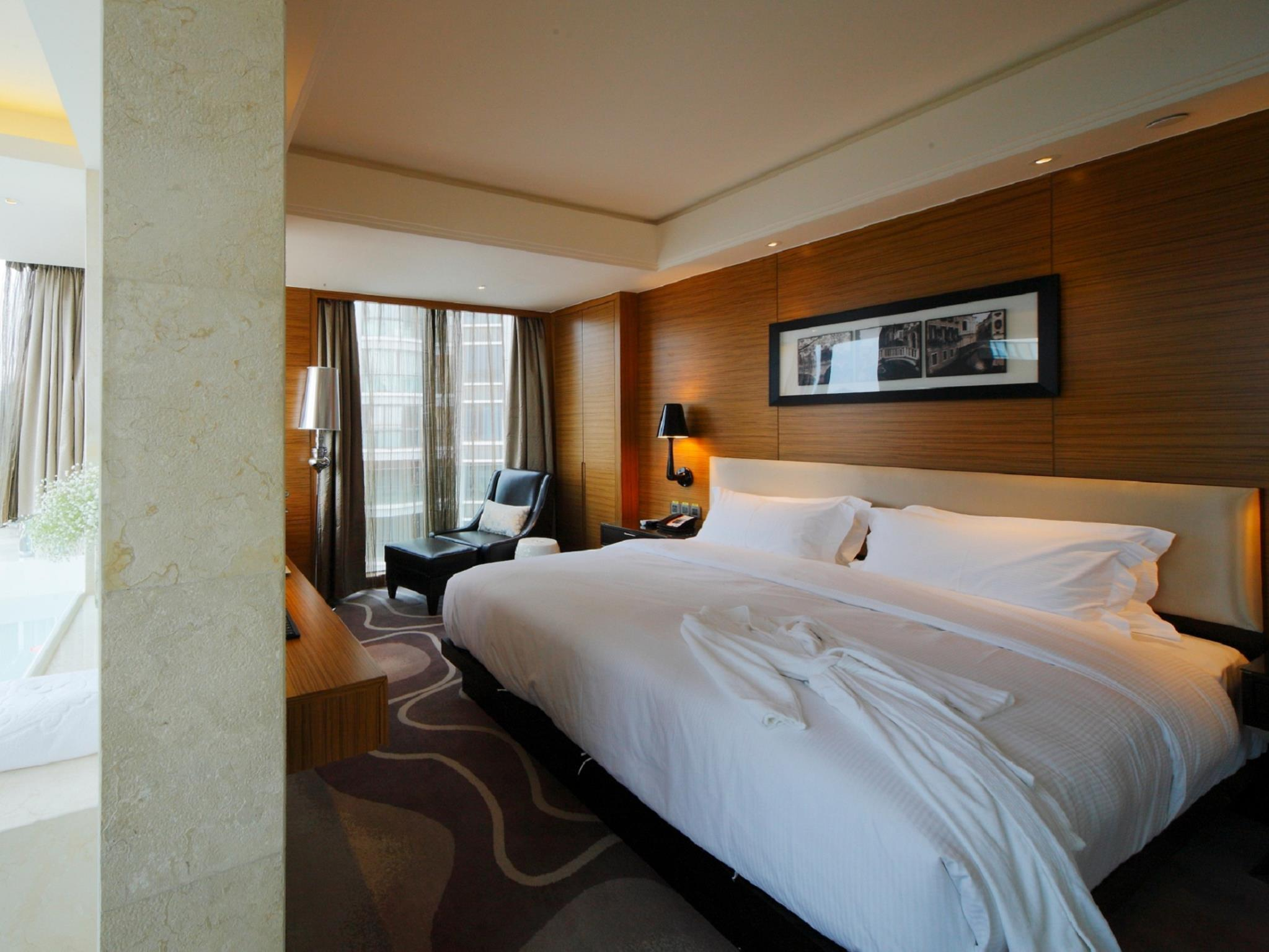 DW Hotel Huangshan in China - Room Deals, Photos & Reviews