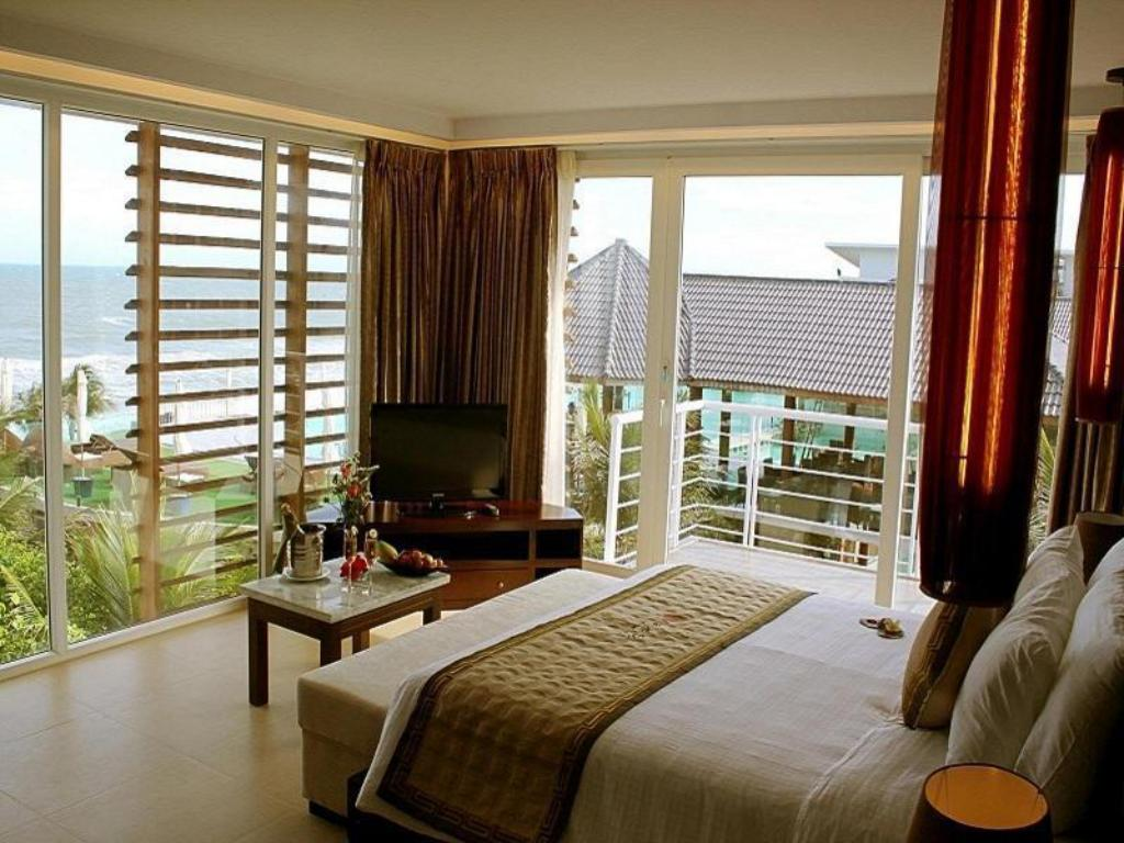Interior view Villa Del Sol Beach Resort & Spa