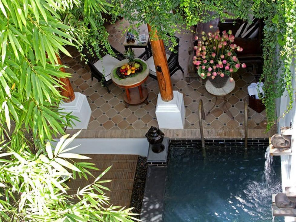 Pool Villa Courtyard
