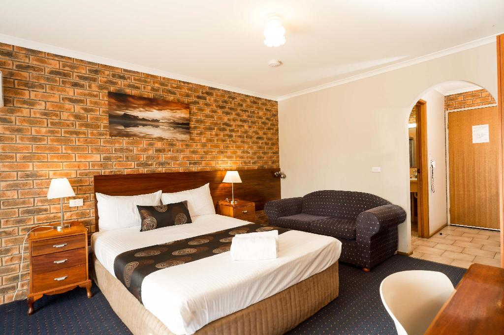 Twin Room - Bed Hume Country Motor Inn