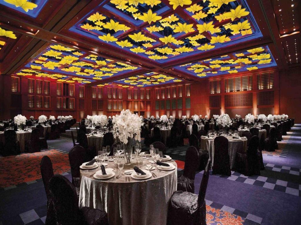best price on resorts world sentosa - equarius hotel in singapore