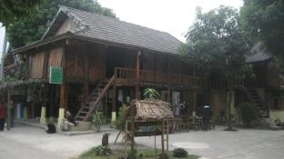 Mai Chau Nature Place - Riverside Bungalow