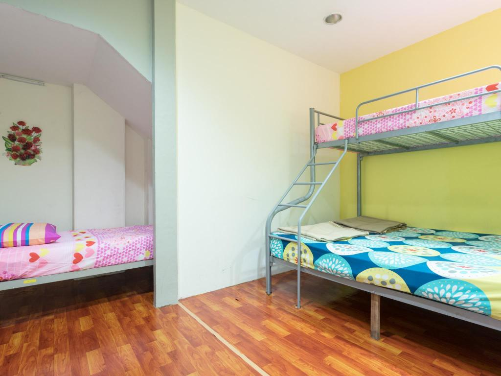 4 Bed Family Room (Price per room) - Bed Kawan Hostel