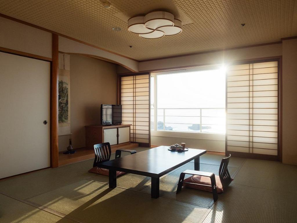 Shirahama Key Terrace Hotel Seamore In Japan Room Deals Photos Reviews