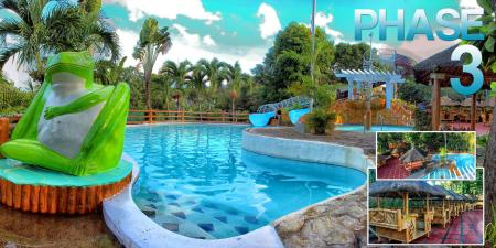 Swimming pool [outdoor] Loreland Farm Resort