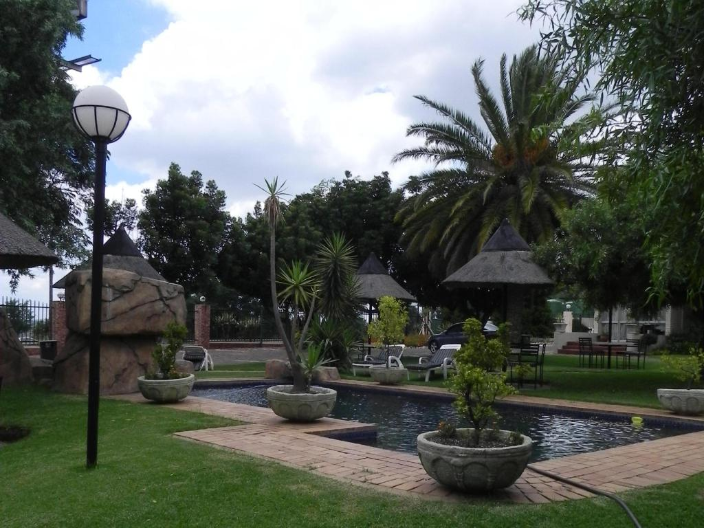 More about CedarWoods of Sandton Hotel