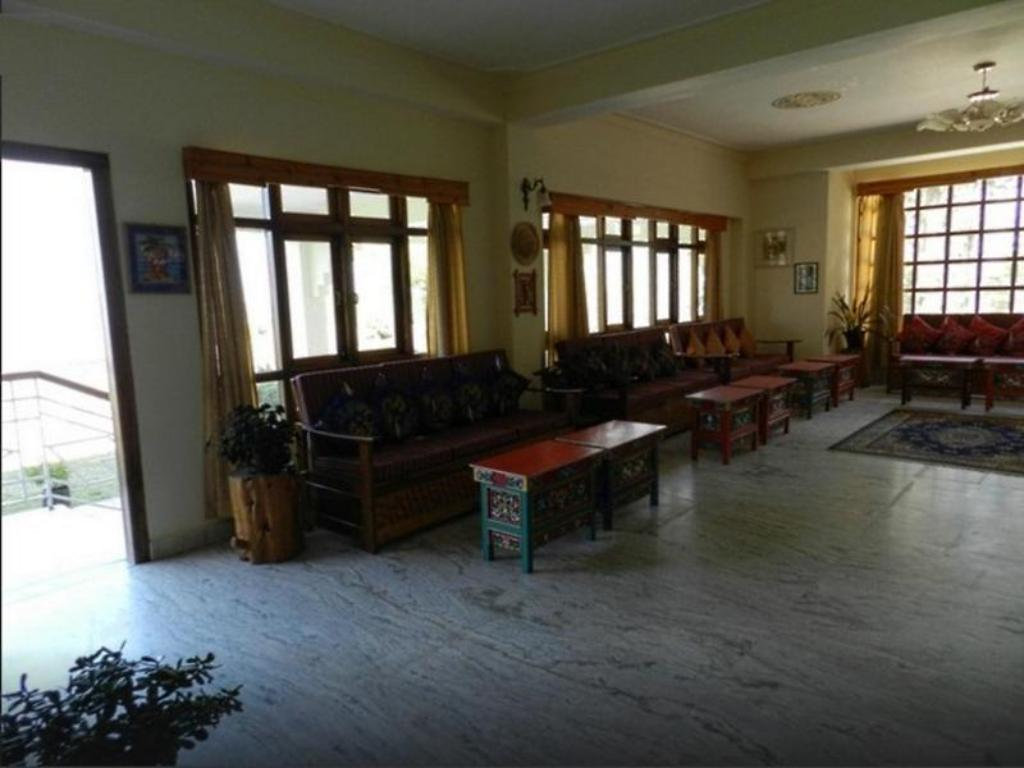 Lobby Pachu Village Resort