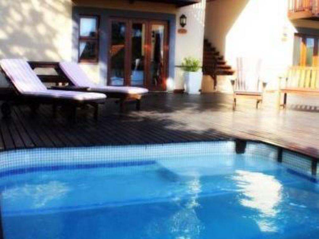 Piscina Bliss on Beacon Isle Guest House