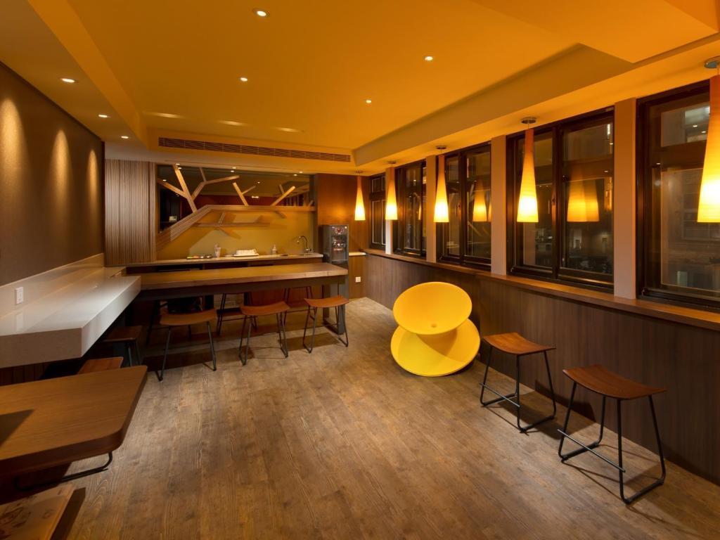 best price on orange hotel kaifong-taipei in taipei + reviews!