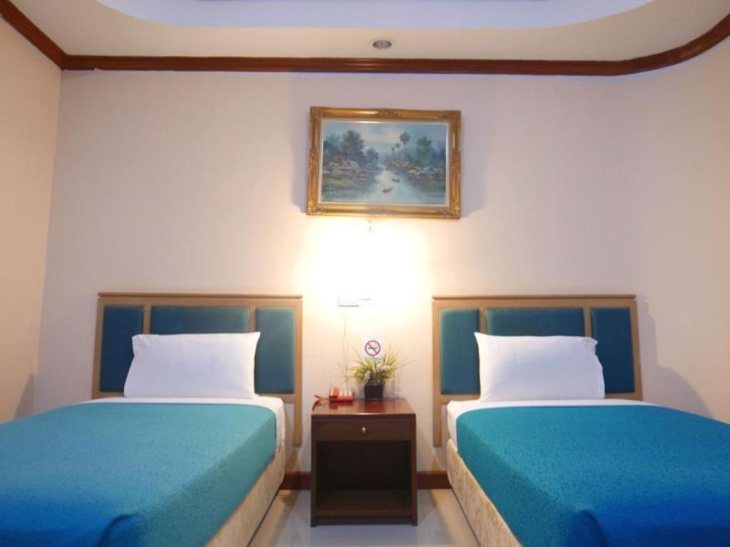 Twin - Bed Max One Hotel