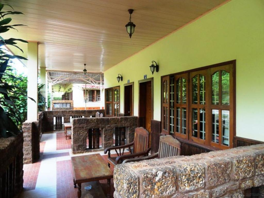 N4 Guesthouse Guesthouse Bed And Breakfast Kep Deals Photos