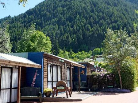المنظر الخارجي Queenstown Holiday Park & Motels Creeksyde