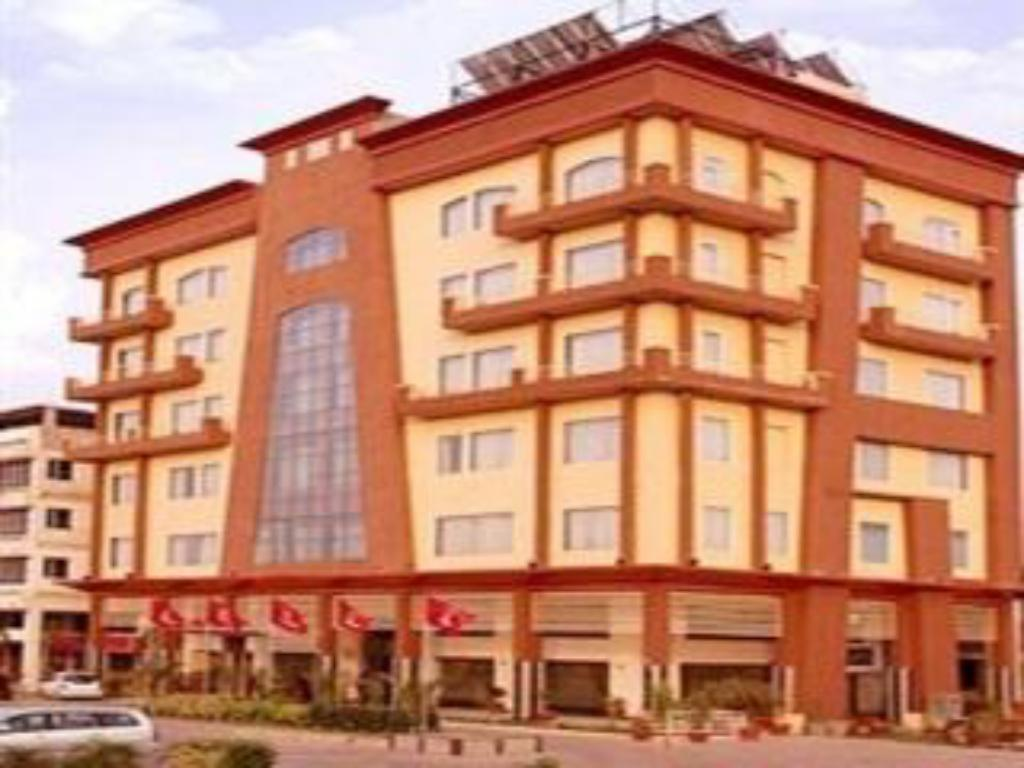 More about Hotel Clarks Inn-Amritsar