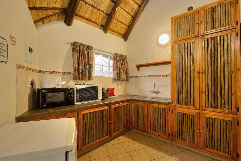 Chalet - Køkken Royale Marlothi Safari Lodge