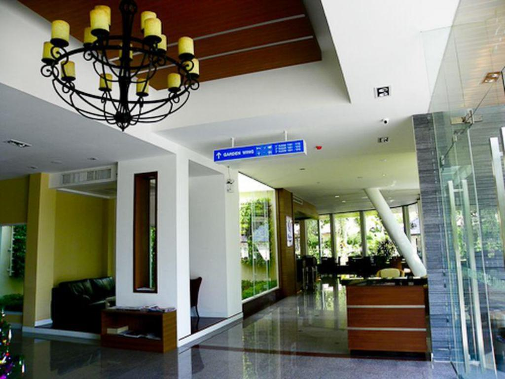 Lobby Grand Garden Hotel & Serviced Apartment