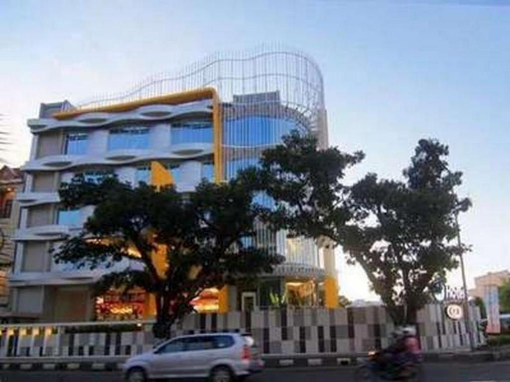 More about Hotel 61 Medan