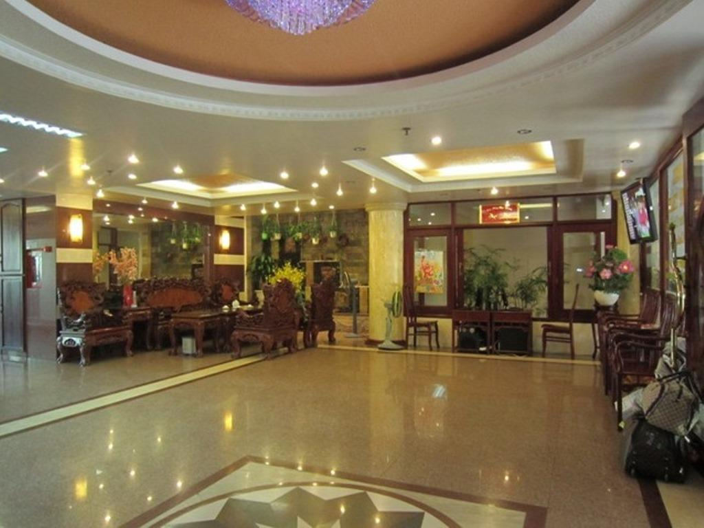 More about Hung Thanh Hotel