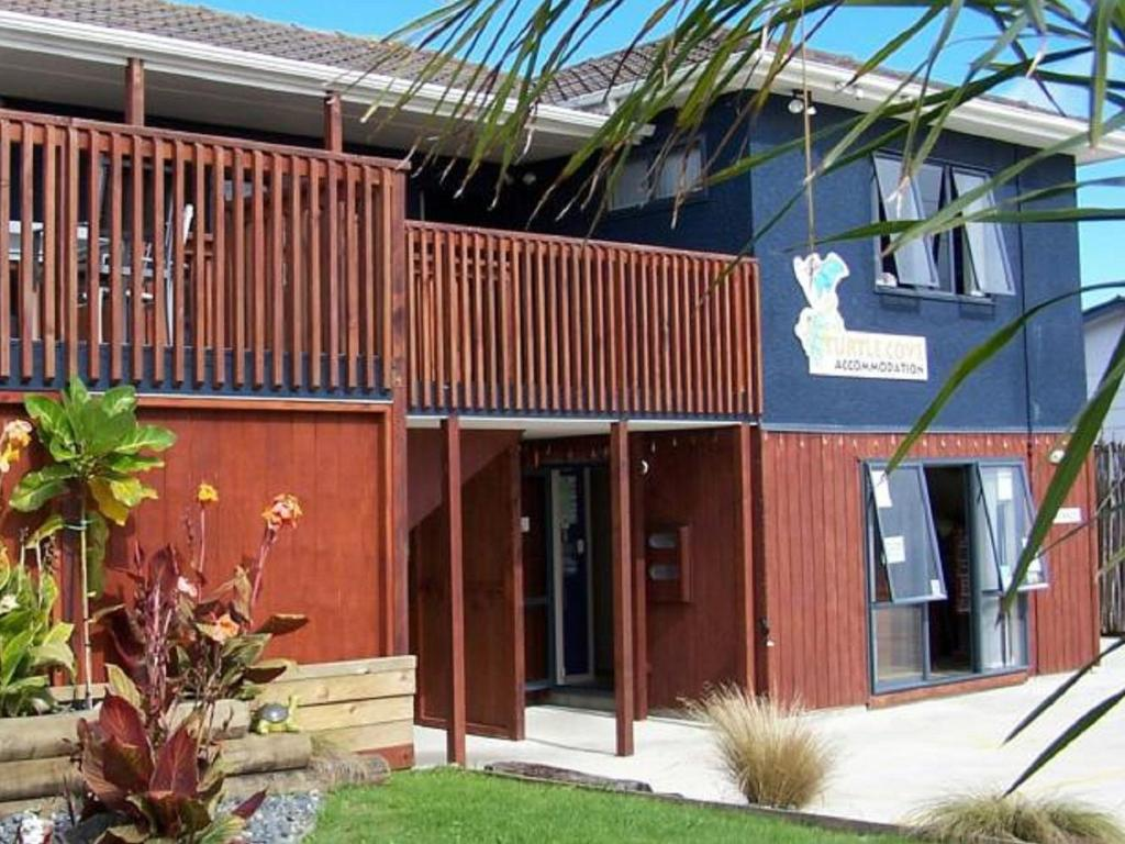 Turtlecove Hostel Accommodation