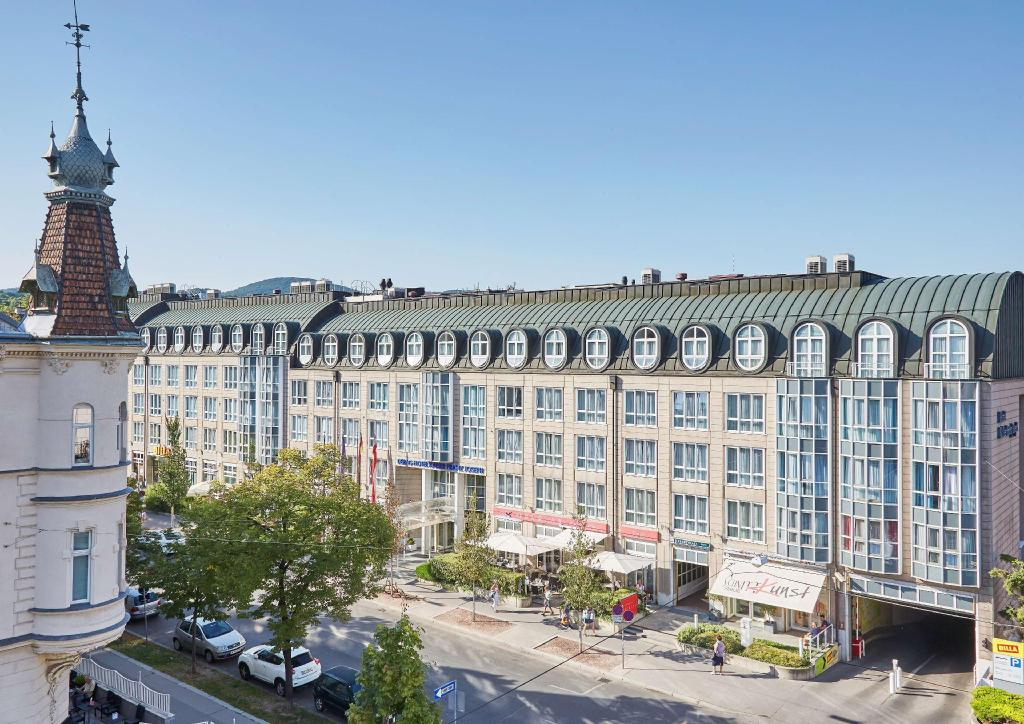 More about Living Hotel Kaiser Franz Joseph by Derag