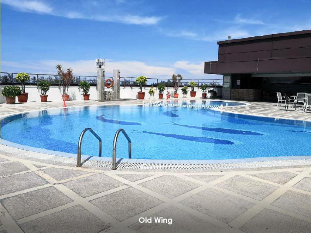 Swimming pool [outdoor] Imperial Hotel
