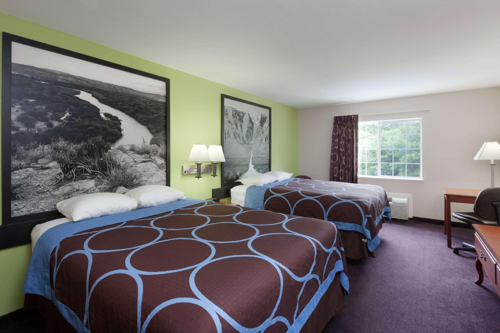 2 Queen Beds, Mobility Accessible Room, Non-Smoking