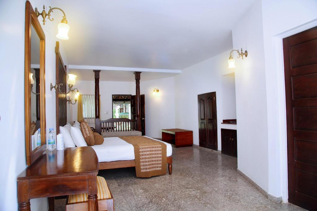 Superior Twin Room - Room plan Palms Mount Lavinia