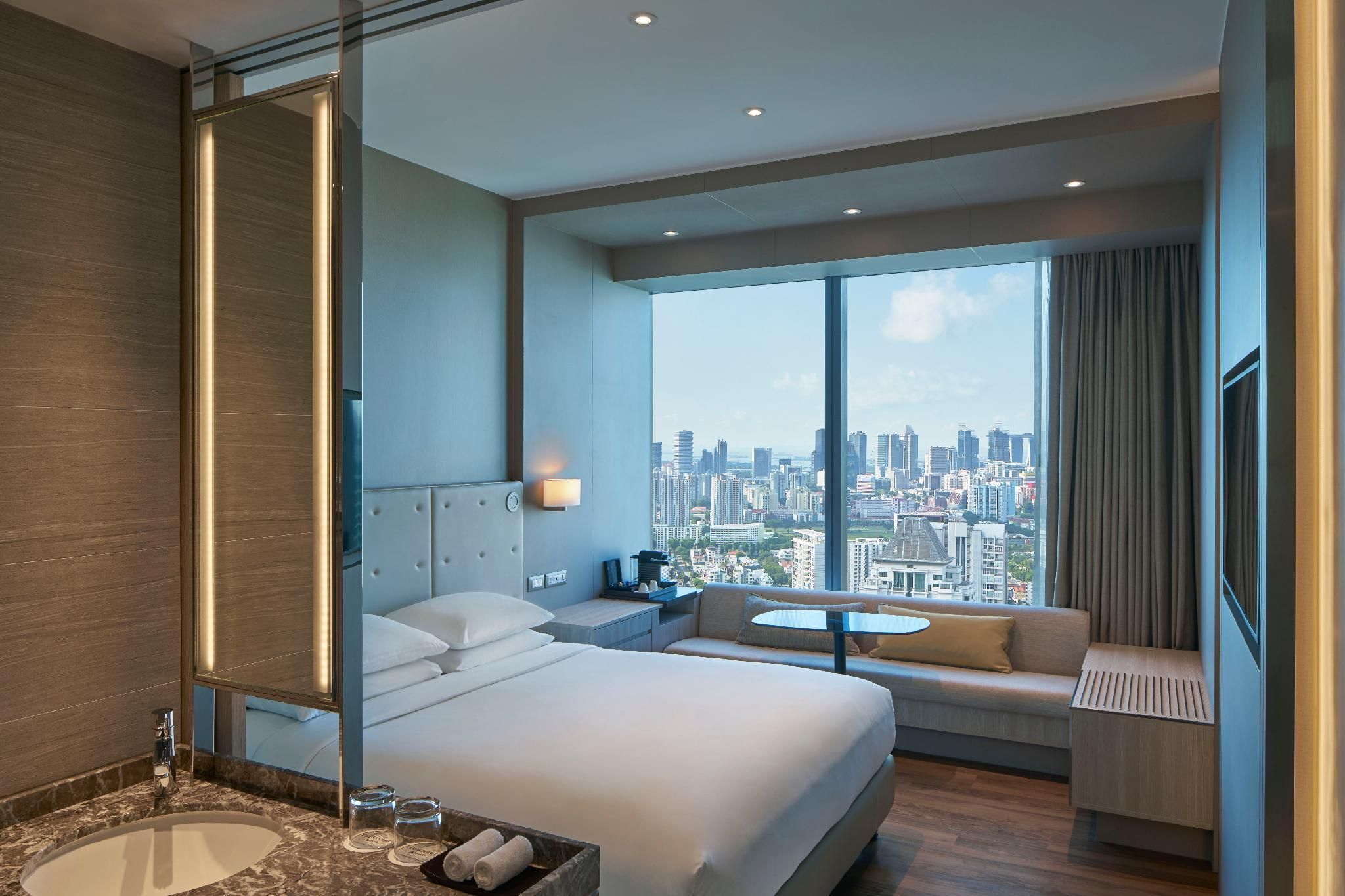 Premier Room, Guest room, 1 King, Skyline view, High floor