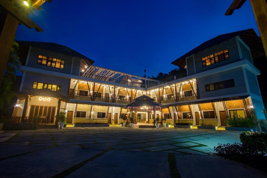 D Villa Resort Bentong Deals Photos Reviews
